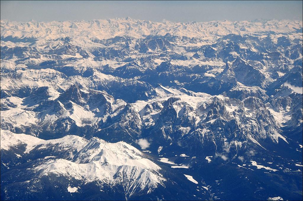 Le Alpi Orientali dal finestrino...dell'aereo!! 7248252116_4a5e22018c_b