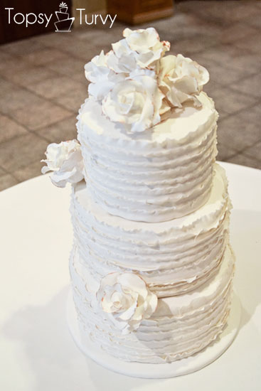 vintage-rose-ruffled-fondant-wedding-cake-three-tier