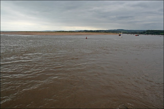 The Exe meets the sea