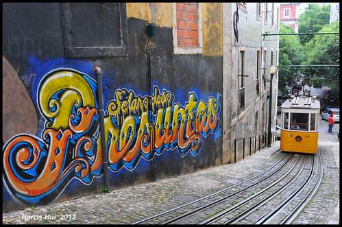 Graffiti And The Funicular - Lisbon N10202e