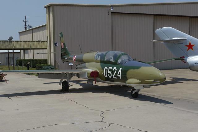 Panstwowe Zaklady Lotnicze (PZL) TS-11 Iskra