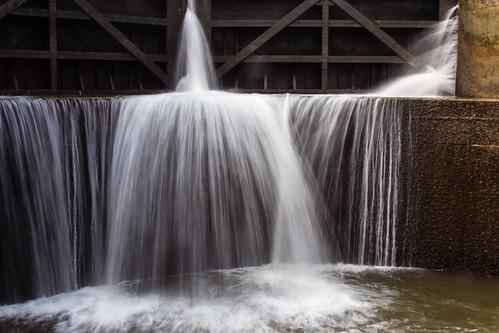water lock oswegoriver oswegocanal fultonny historicamericanwaterways2012 lock3ontheoswegocanal