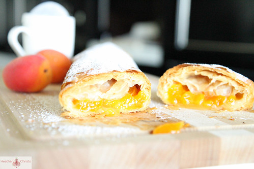 Apricot Streudel