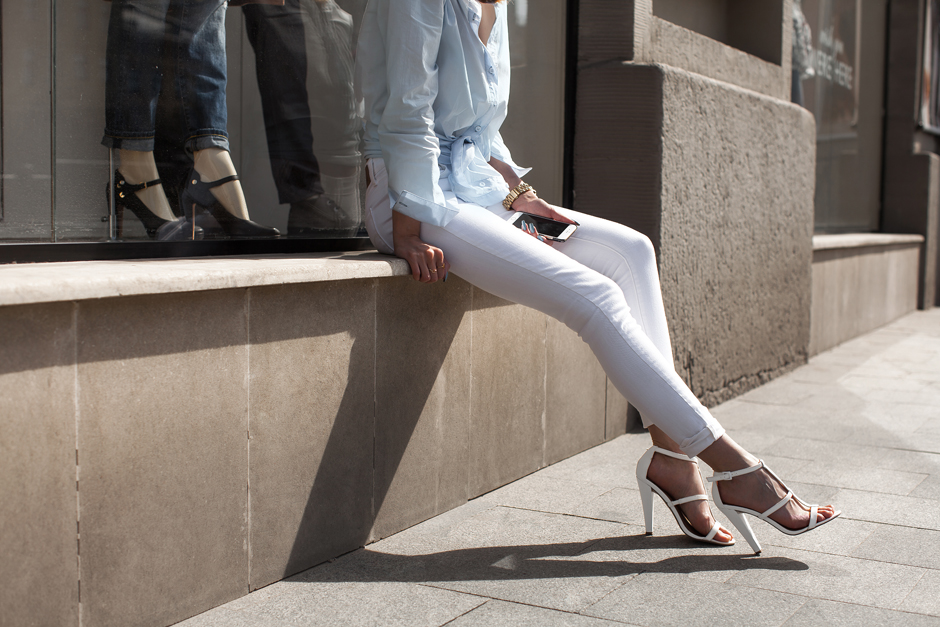 how-to-wear-white-skinny-jeans-outfit-ideas