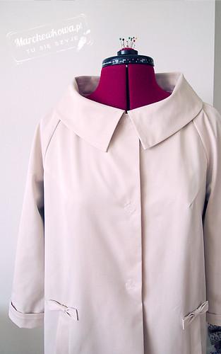 50s style spring coat, Burda 3/2010, wiosenny płaszcz grzybek, gabardyna bawełniana, patki, kokardy, lata 50, retro,