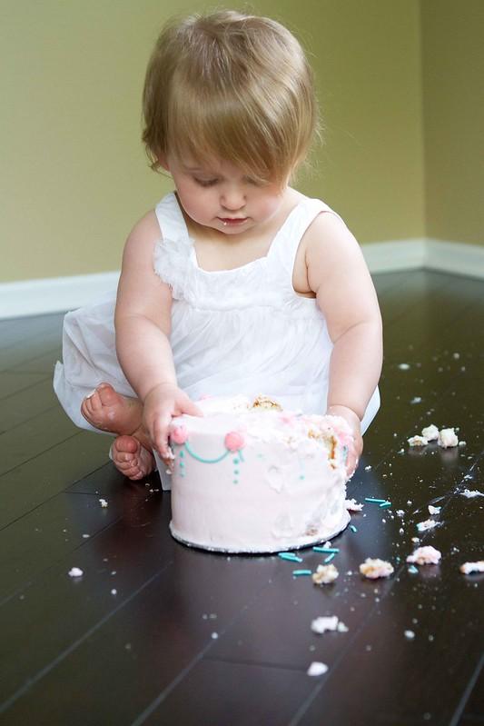 vivi's smash cake