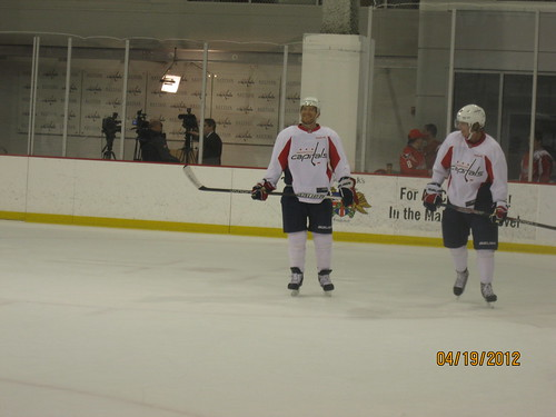 4/19/12:  Is that Jeff Halpern with Nick Backstrom?