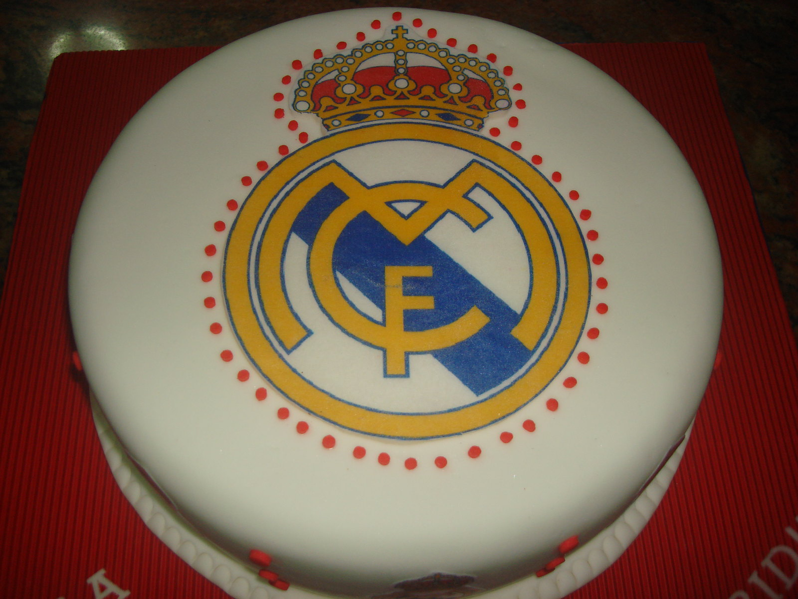 Real Madrid Chocolate Cake   Torta De Chocolate Del Real Madrid