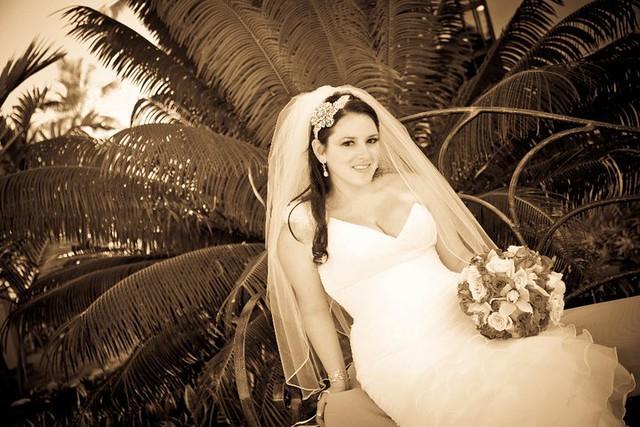 BSB bride Sabrina in finger tip veil