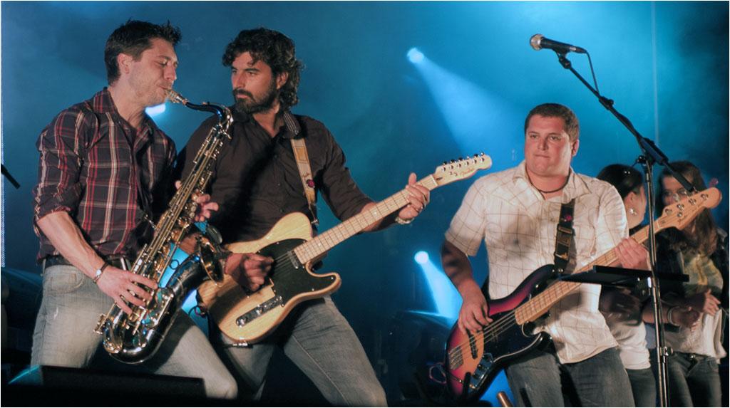 Debossess, acompañados de Iberia Sumergida y Mehnai en el Festival Gama Rock 2012 (Gama, Cantabria), 8 de Junio de 2012