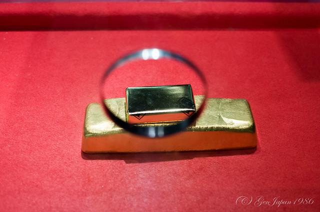 史跡 佐渡金山 12.5キロの金塊と記念品