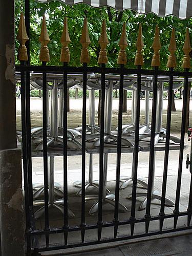 grilles palais royal.jpg
