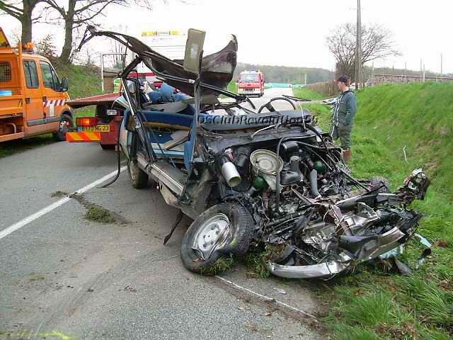 Citroen DS - after head-on collision