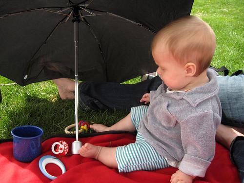 weegrub_8mois_picnic