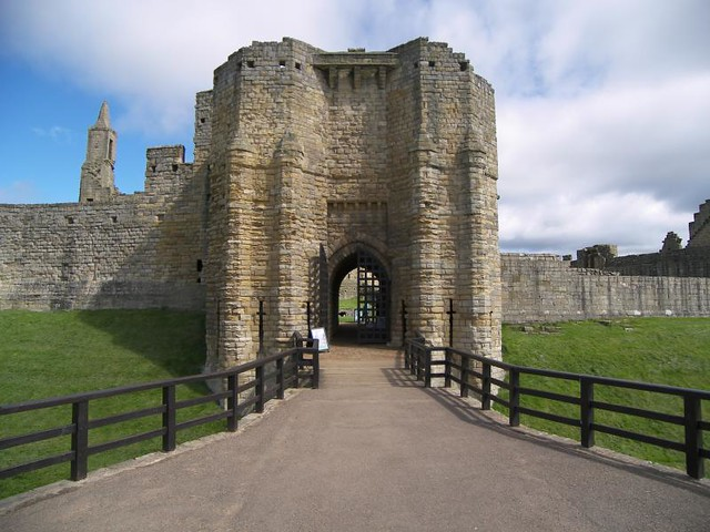 Warkworth Castle 013