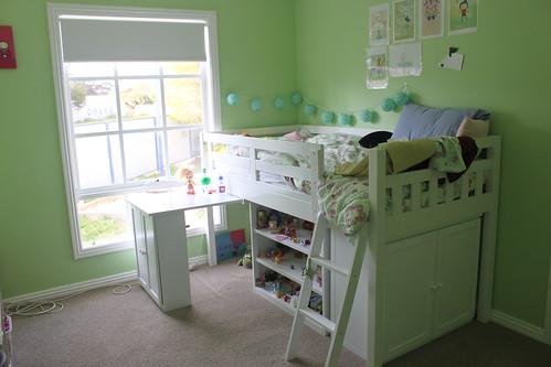 Amelia's room 3