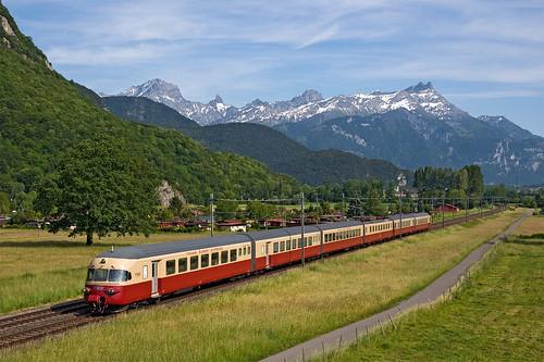railroad switzerland railway trains svizzera bahn tee mau vaud ferrovia treni 32164 sbbhistoric nikond90 elettrotreno trenospeciale raeteeii rae1053
