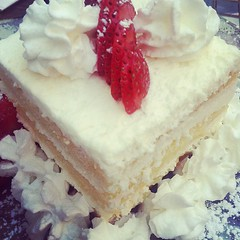 Limoncello shortcake at Pacci's