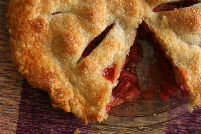 strawberry rhubarb pie 8
