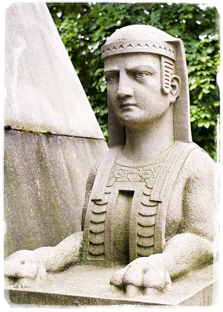 Sphinx - Schoenhofen Pyramid Mausoleum