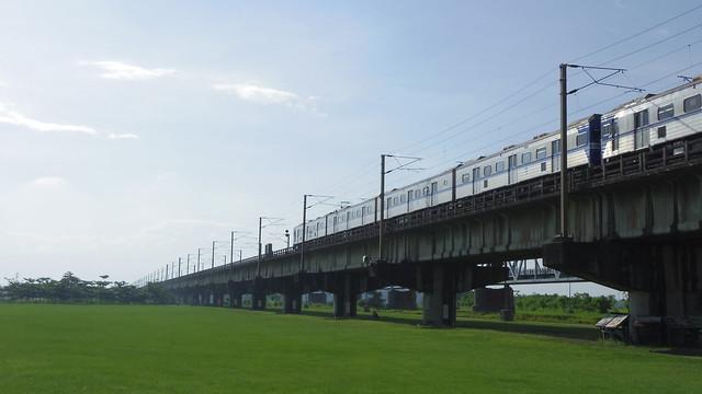 37-5-火車