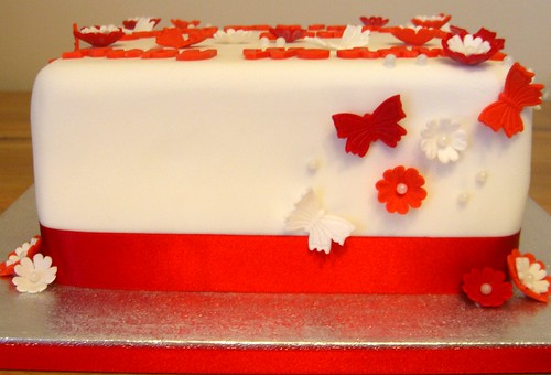 flowers wedding red white cake square cupcakes inch burgundy butterflies 8 somerset well icing vanilla ribbon ruby sponge wishing fondant