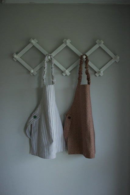 Toddler aprons