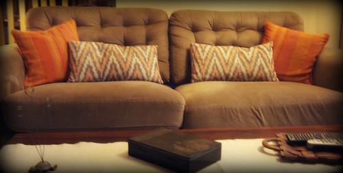 Nip tuck sofa