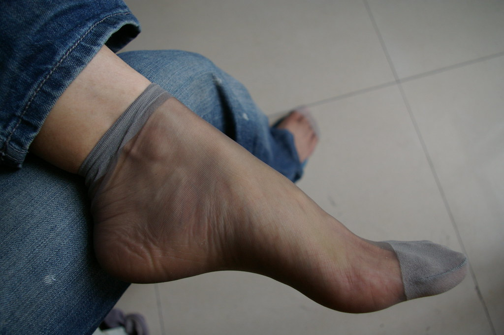 Fetish foot free in nylon