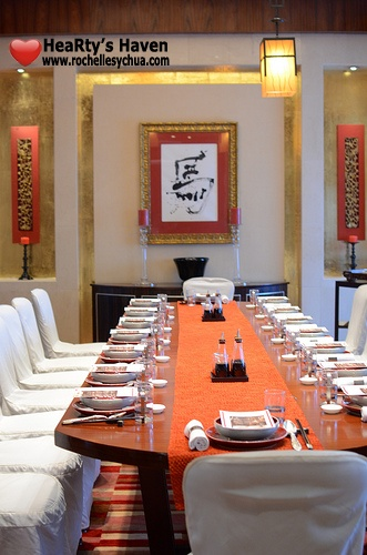 Li Li Hyatt Wine Cellar Room