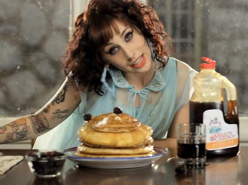 kreayshawn-breakfast
