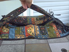 IC 10: In stitches - Casserole Carrier