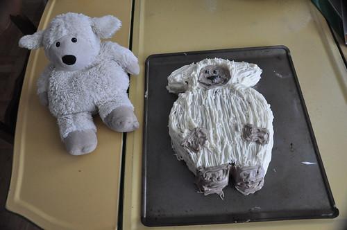 Lambie and Lambie Cake