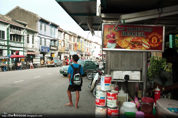 Old Trafford Burger - Lebuh Chulia
