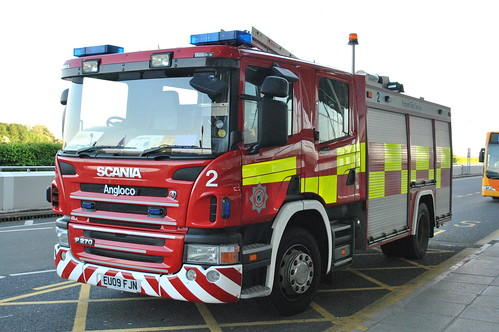 Stansted Airport Fire Service / Scania P270 / Pumping Appliance / 2 / EU09 FJN