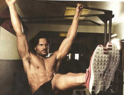 joe-manganiello-muscle-fitness-06182011-06-430x331