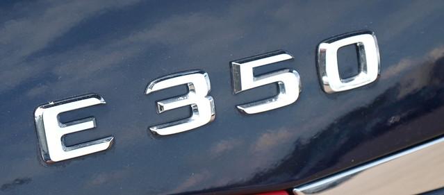 2012 Mercedes-Benz E-Class 10