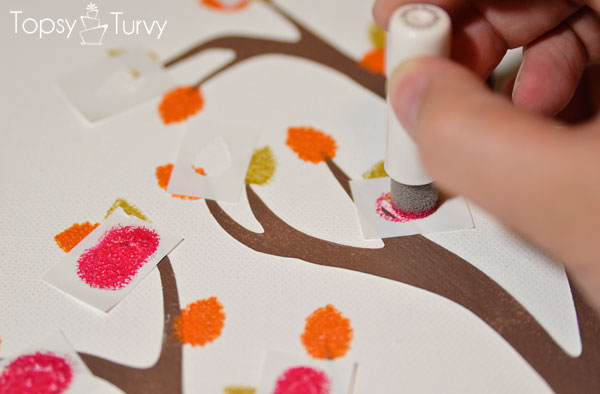 family-tree-mothers-day-plaid-crafts-painting-leaves
