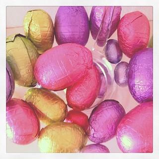 #easter #chocolate #eggs :: ei yhtään virpojaa, saanko syödä kaikki????