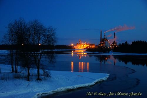 night suomi finland geotagged pollution oulu scandinavia contaminacion finlandia polucion escandinavia noctura luciojosemartinezgonzalez northernostrobothnia luciokeywordsjosekeywordsmartinezkeywordsgonzalez geo:lat=650223633333333 geo:lon=254456493333333