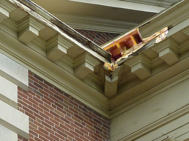 P1080102-2012-05-08--Decatur-1st-Baptist-by-Lewis-Crook-classic-Portico-Repair-1948-51-damage-detail-2-false