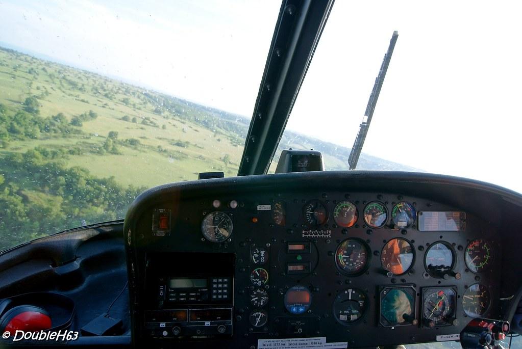 Baptême d'hélicoptère @ Lempdes le 28/05/2012 7172437867_5b0cfa6365_b
