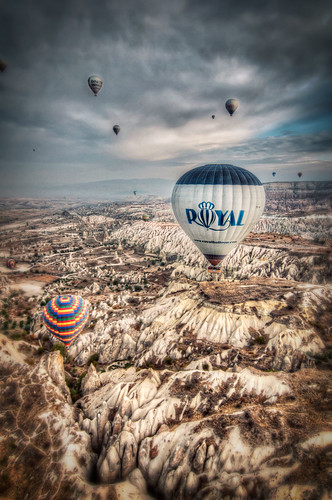 7203427042 527d0e6f53 Bobbing Like Apples in Cappadocia with @RoyalBalloon