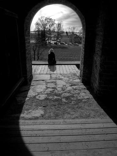 light shadow bw castle spring gate pvanhala