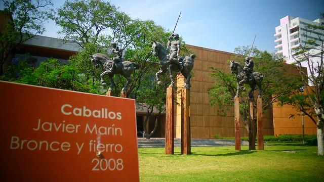 En el jard n de las esculturas flickr photo sharing for Bazzel el jardin de los secretos