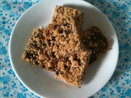 vegan blackberry breakfast bars