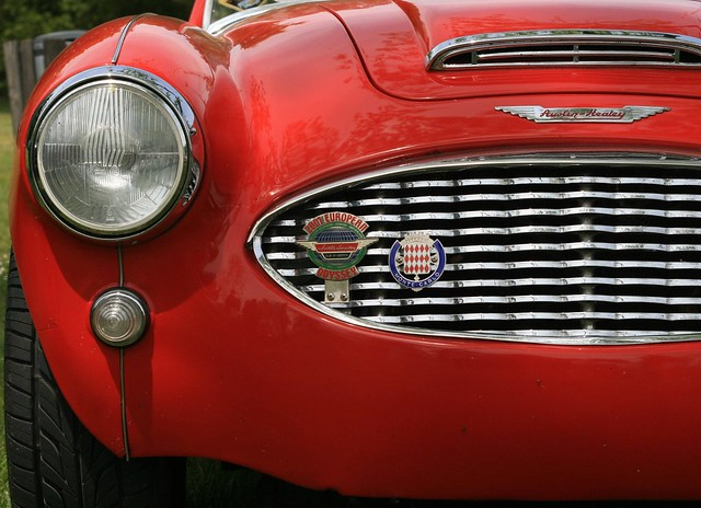 red and black austin healey front detail