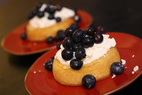 Sponge Cakes with Whipped Cream and Blueberries