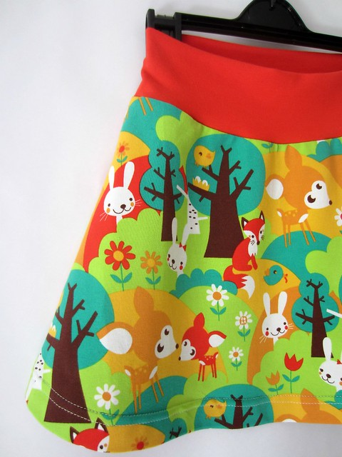 summer forest skirt detail