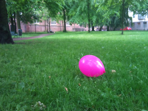Pink balloon by XPeria2Day